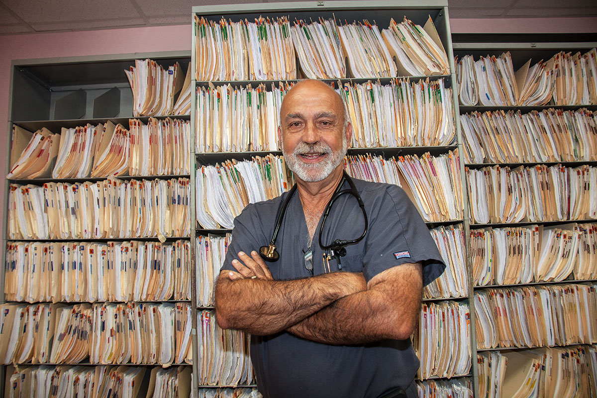 Dr. Leo Mandina